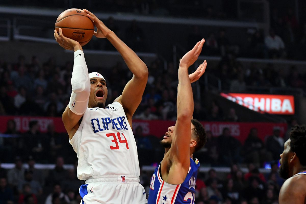 b9a4a6b2d77 Clippers trade Tobias Harris to the Sixers